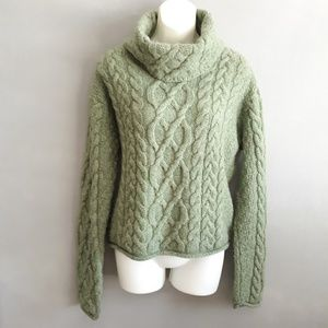 Inis Crafts chunky wool fisherman sweater